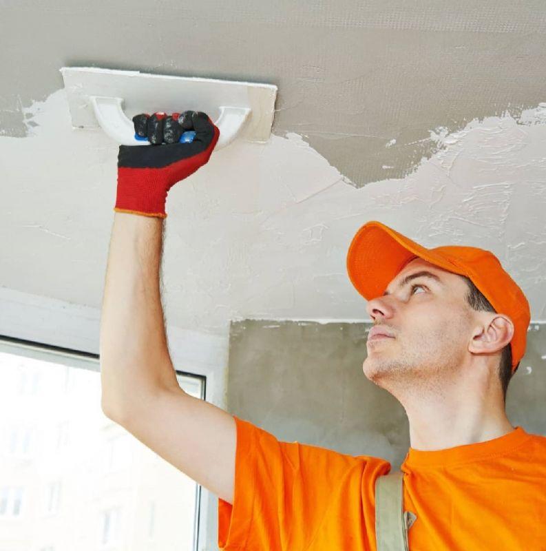 Ремонт трещин в потолке с помощью штукатурки